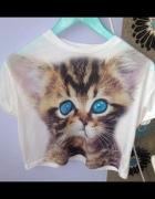 Crop top bluzeczka z krótkim rękawem z kotkiem