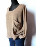 Asymetryczny sweter khaki melanż r XSS