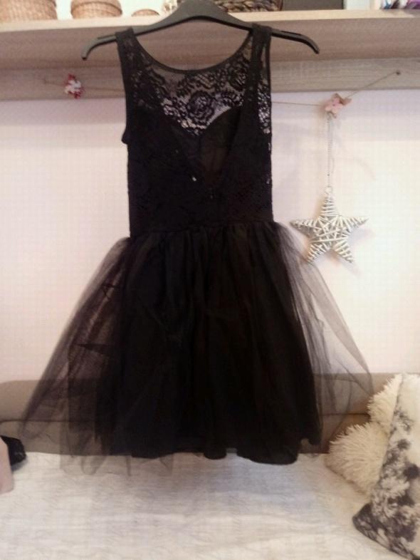 a0eaa346c4 Czarna sukienka z tiulem rozmiar s w Suknie i sukienki - Szafa.pl