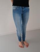 Spodnie Jeans rurki rozmiar S...