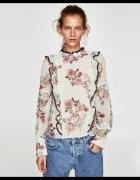 Zara wzorzysta bluzka w kwiaty...
