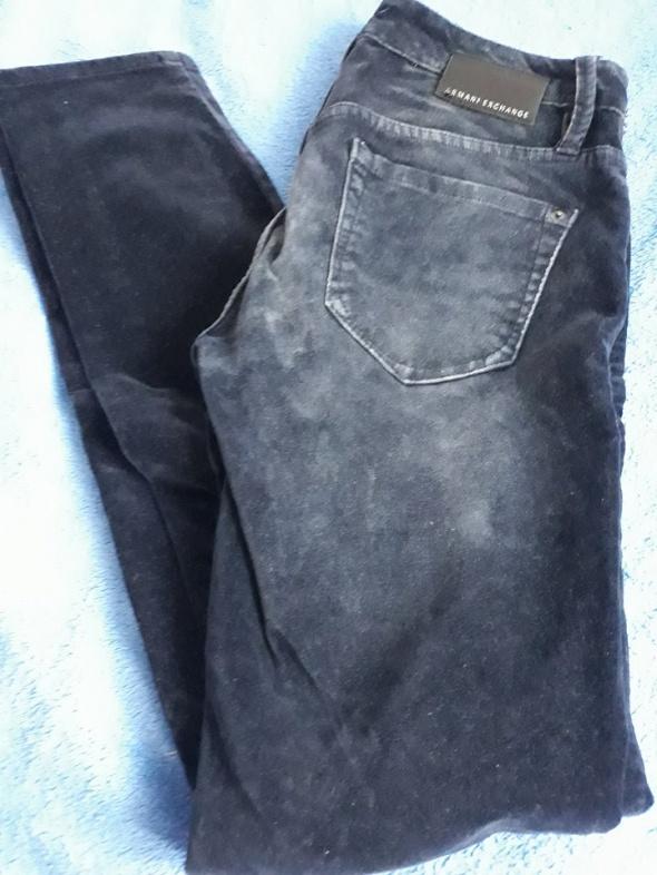 Spodnie jeansowe ARMANI...