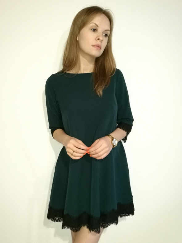 0b92ea3655 Suknie i sukienki Sukienka trapezowa asymetryczna butelkowa zieleń koronka  rozmiar XL