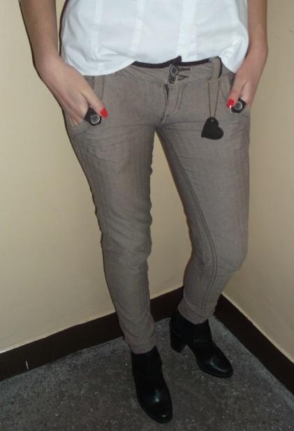 Eleganckie spodnie jodełka