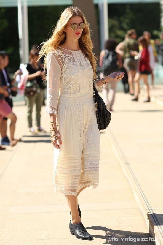 Ubrania Romantyczna zwiewna długa sukienka wiktoriańska boho vintage
