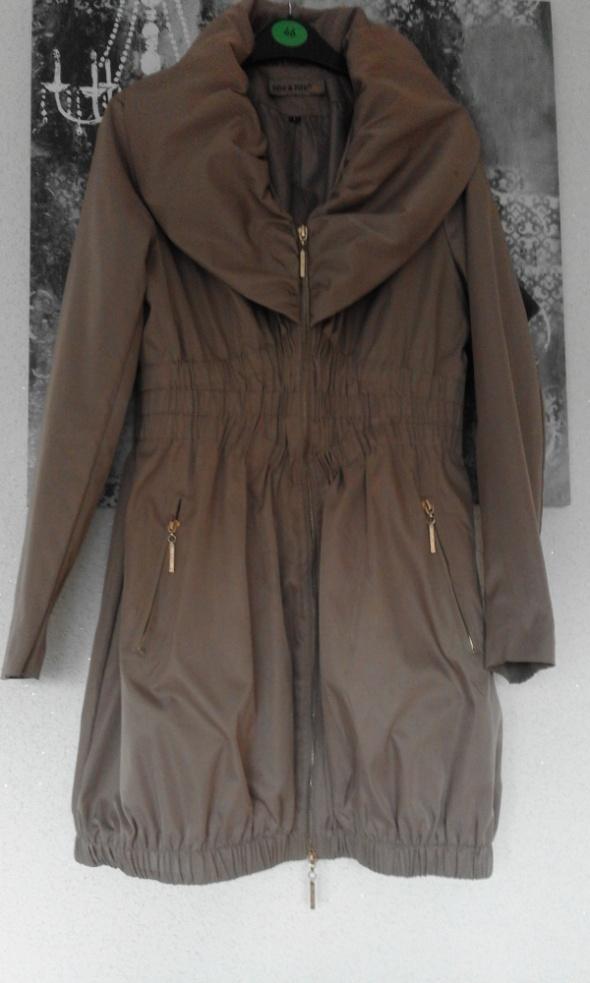 Płaszcz Bombka