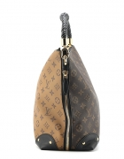 Torebka Louis Vuitton Triangle Softy...