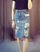 Spódnica jeansowa z przetarciami