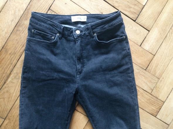 Ciemne jeansy rurki super slim MANGO...