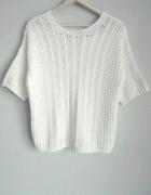 NEXT biały sweter z krótkim rękawem...