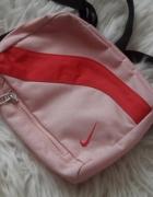 Nike saszetka odcienie różu