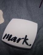 Matujący puder prasowany Mark Avon light medium...