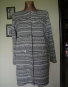 zakardowy elegancki płaszcz długi żakiet Mango 40