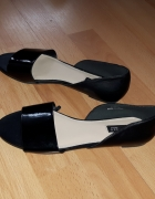 Czarne sandały Reserved 36