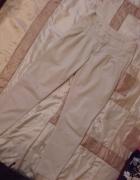 Beżowe rurki Zara