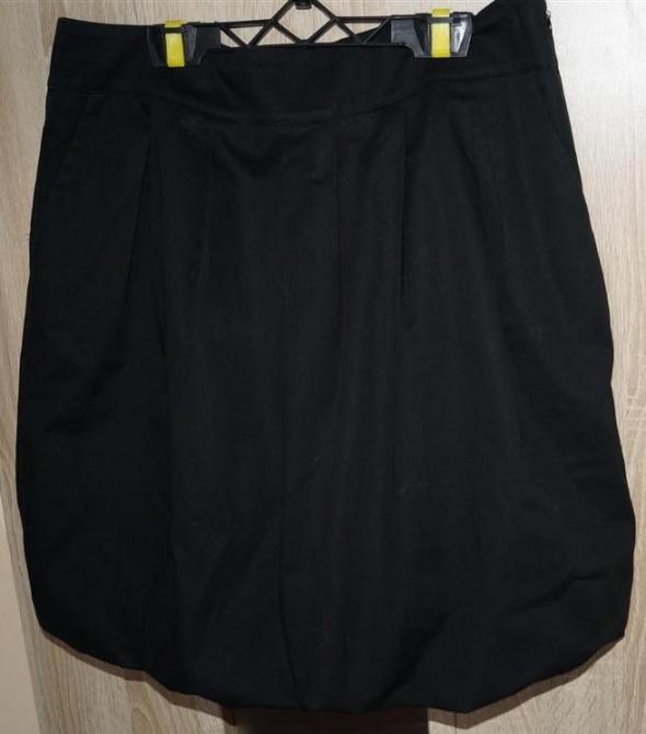 Spódnica spódniczka czarna bombka z kieszeniami rozmiar L