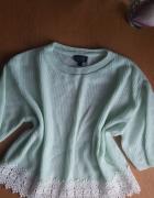 Nowy mietowy sweterek top shop z koronka...
