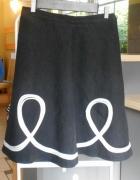 Pulls czarna midi spódnica rozkloszowana hafty