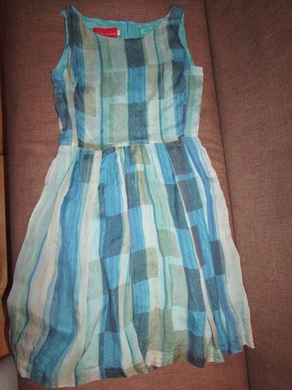 sukienka błękitna beata cupriak