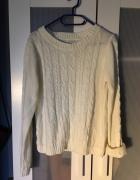Biały pleciony sweter Calliope modny hit...