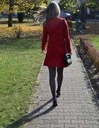 Sukienka elegancka czerwona Zara Trf