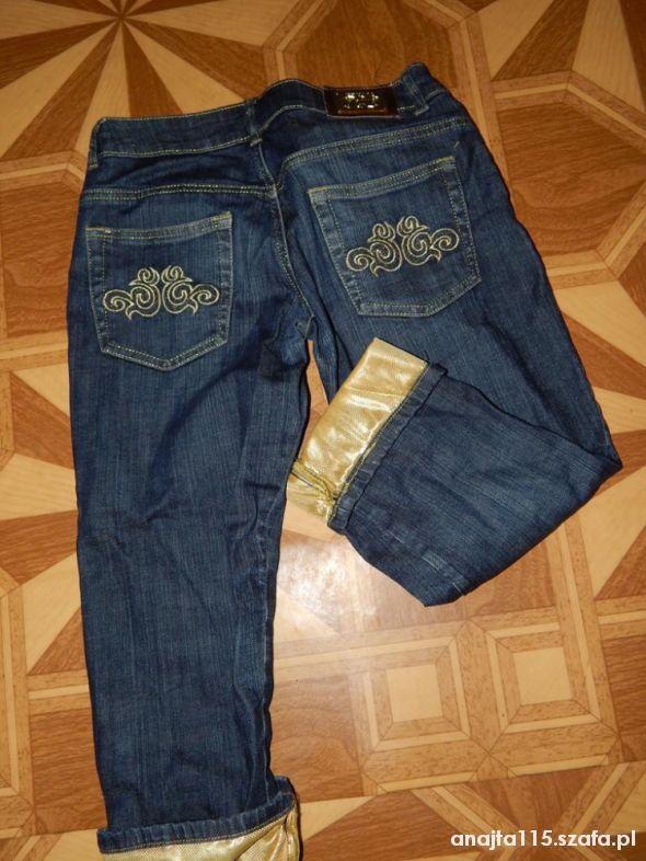 spodnie spodenki rybaczki z złotymi wstawkami