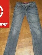 Jeansowe spodnie House