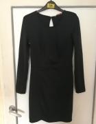 Granatowa sukienka Bershka