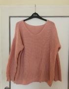pudrowy róż sweter oversize
