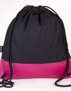 Czarno różowy plecak ręcznie szyty