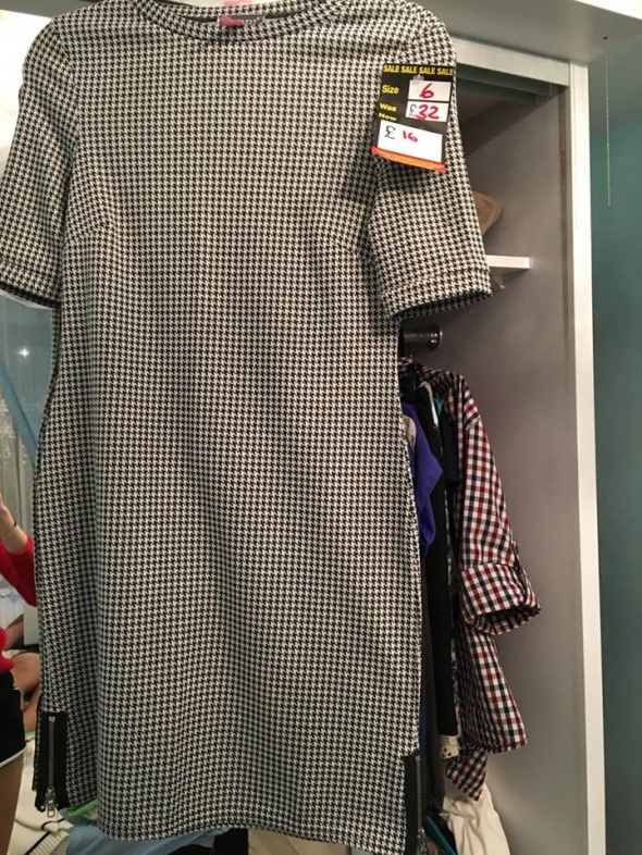 sliczna sukienka w kratke lipsy z metka XS...