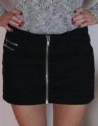 czarna spódnica z zamkiem zip