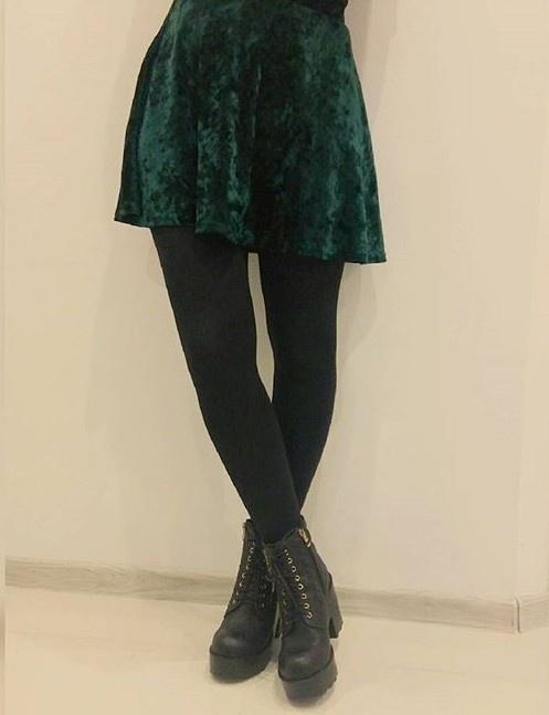 Welurowa zielona spódnica primark