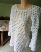biały sweterek azur