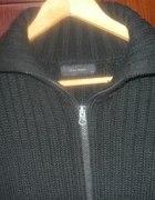 Sweter czarny wełniany...