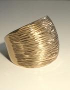 Yes Verona złoto 333 pierścień okazały...
