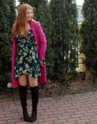 Różowy płaszcz...
