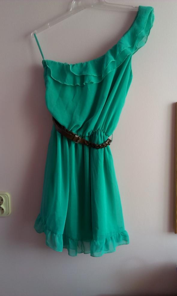 Asymetryczna morska sukienka...