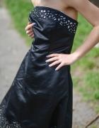 Czarna aksamitna sukienka 44