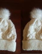 Biała czapka Orsay...