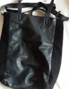 Czarna torebka...