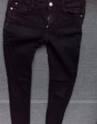 Czarne rurki Zara