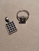 srebrny komplet zawieszka i pierścionek kratka