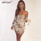 Sukienka odkryte ramiona aplikacja cekinowa