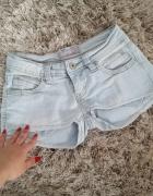 krótkie spodenki jeansowe 34 lato