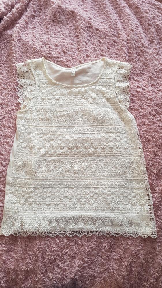 Biała bluzka na lato z ażurem