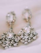 Przepiękne ślubne długie kolczyki z kryształkami