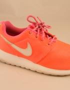 Nike Roshe Gs r34...