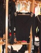 Czarny sweterek pagony BERSHKA S