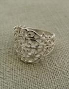 Pierścionek srebrny ażurowy